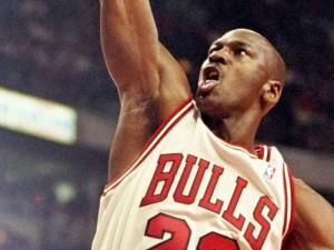 michael-jordan-dunking-for-chicago-bulls