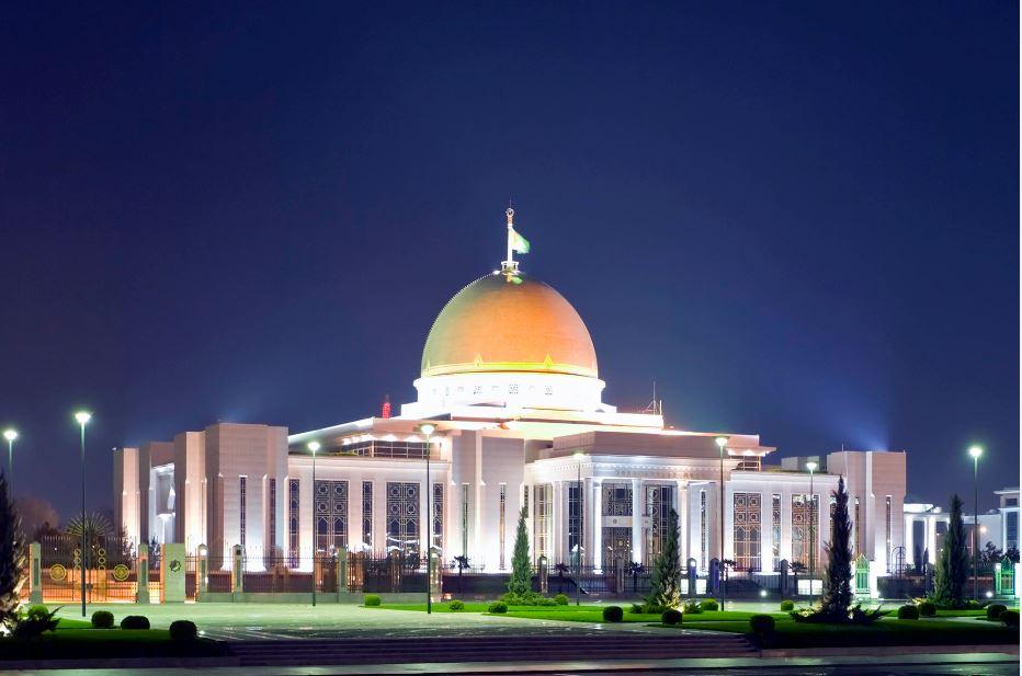 Oguzkhan-Presidential-Palace-Ashgabat-Turkmenistan-1