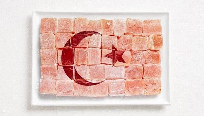 turkey-flag-made-from-food (1)