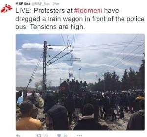 Νέα ένταση στην Ειδομένη: Κινούνται ξανά προς τον φράχτη