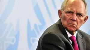 Σόιμπλε: Δεν χρειάζεται κούρεμα χρέους για την Ελλάδα